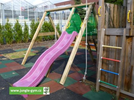 Jungle Gym skluzavka fialová krátká s přípojkou pro vodu