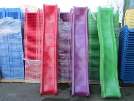 Jungle Gym skluzavka fialová dlouhá s přípojkou pro vodu