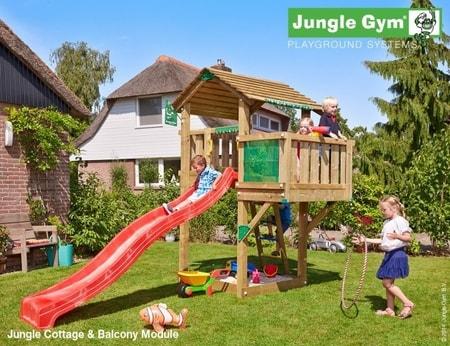 Hřiště Jungle Cottage s modulem Balcony - kompletní sestava včetně skluzavky